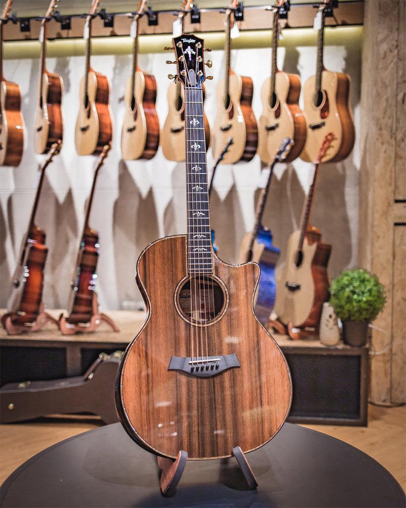 Handmade Acoustic Guitar Sinker Western Red Cedar Maple