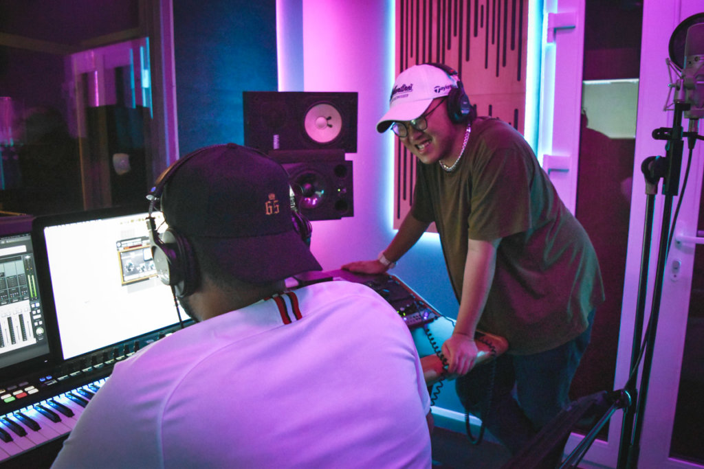 RIIDEM and Tengyboy in the studio.