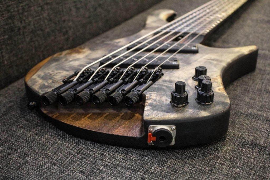Bass Ibanez