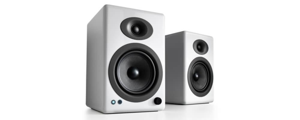 Audioengine A5+ Classic Powered Bookshelf Speakers, Hi-Gloss White (Pair)